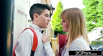 Fast Times On A Very first Date - Jordi &amp_ Hungarian Teen Jenny Diamond